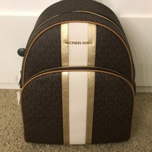 Nwt Michael Kors backpack signature style